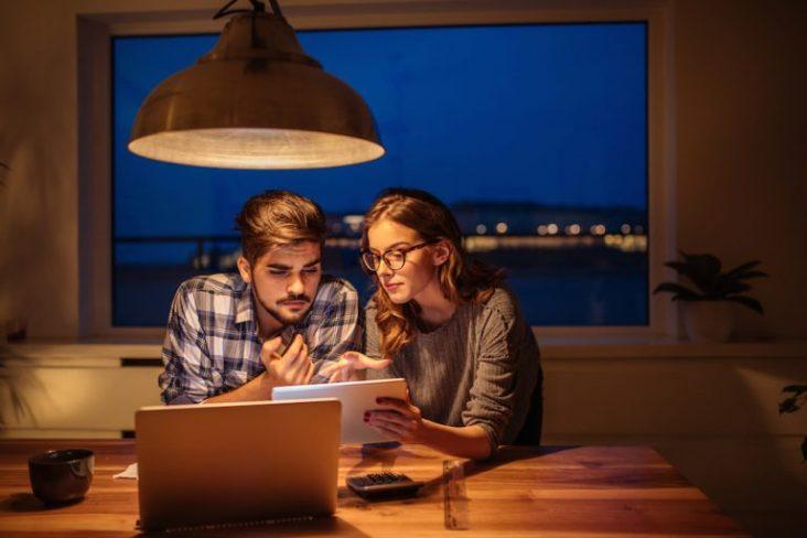 3 passos para quebrar o tabu e conversar sobre finanças em casa